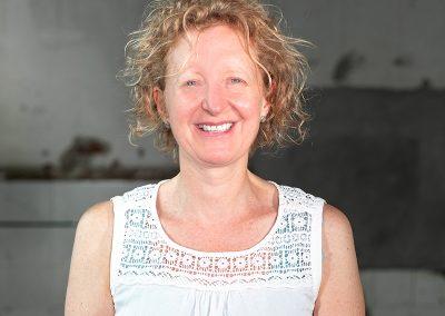 Dr. Kathrin Renger